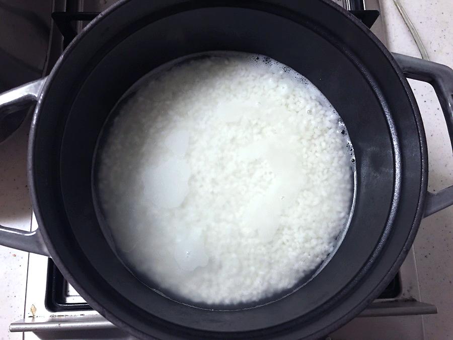 ストウブ 炊飯 中火で加熱