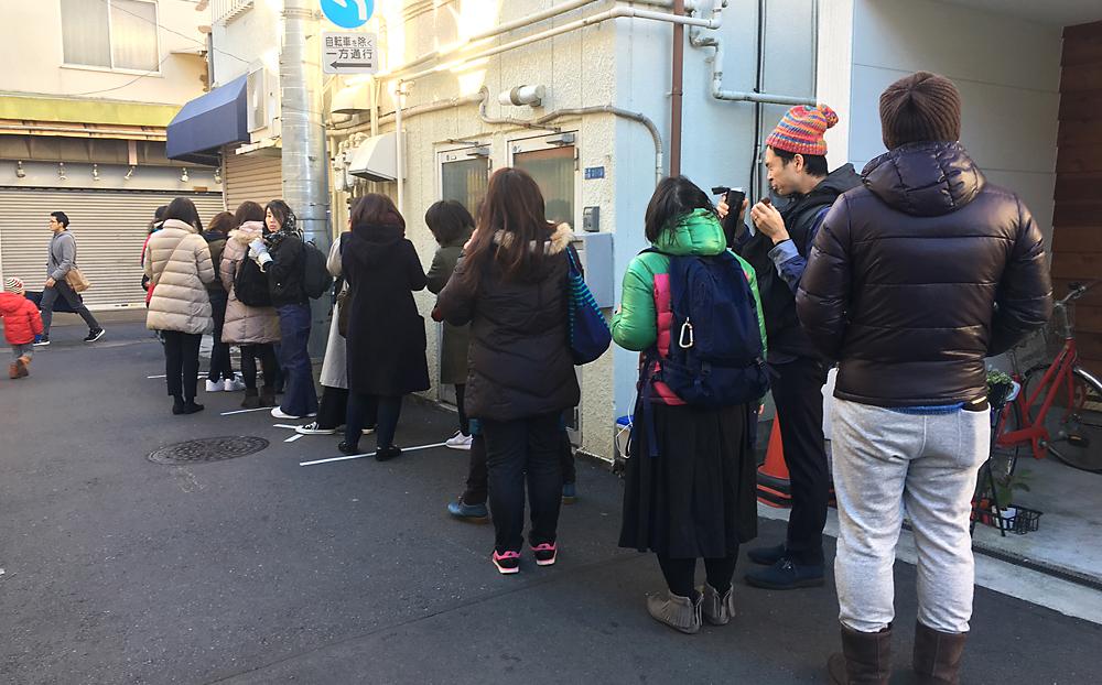 野田琺瑯 砂町銀座 行列