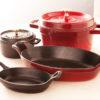 ストウブ(STAUB)鍋の魅力を解説*プロ御用達の料理好きなら買って損なしなお鍋!